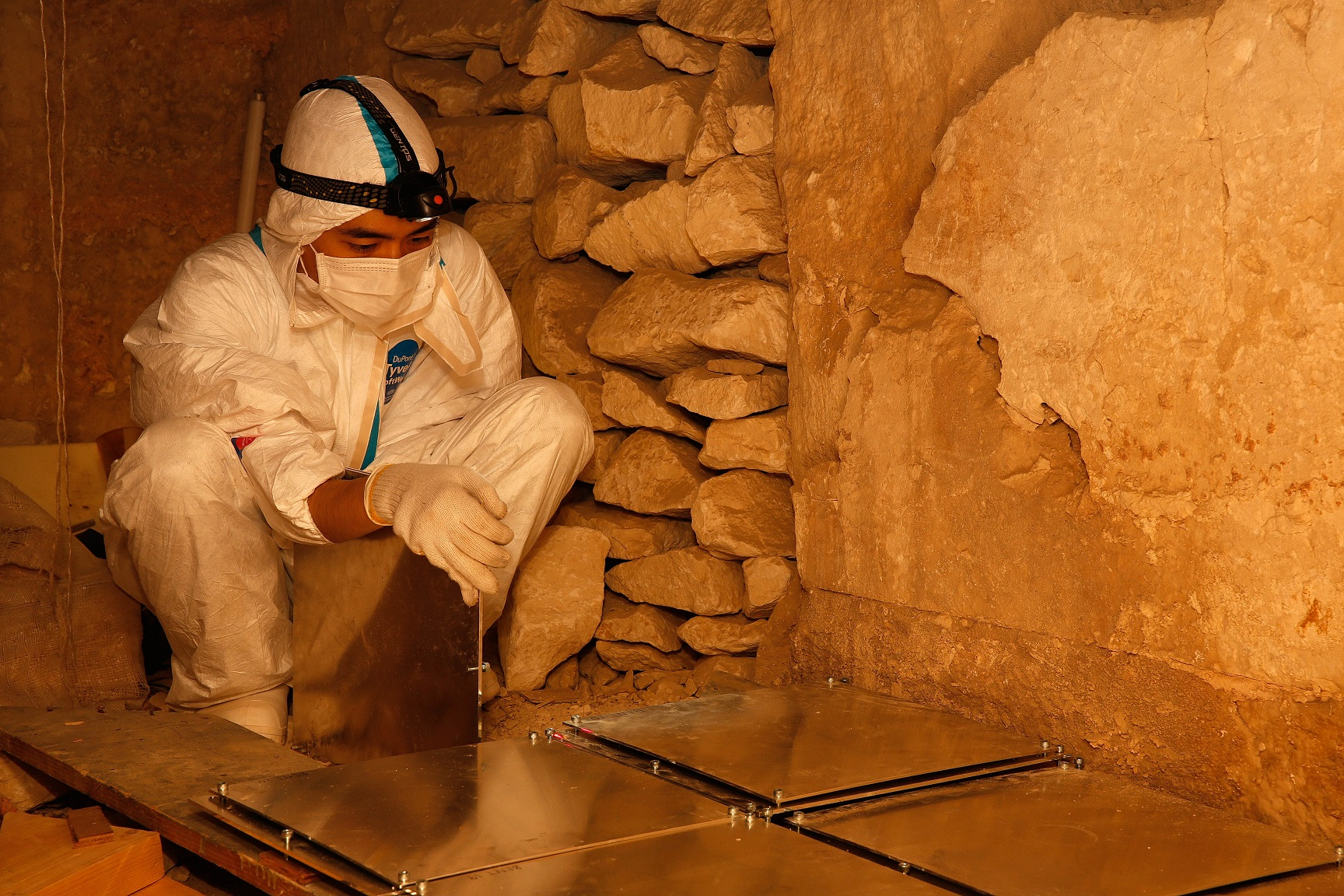 Muons detection plates being set up in the Lower Chamber of Sneferu's Bent Pyramid at Dahshur.