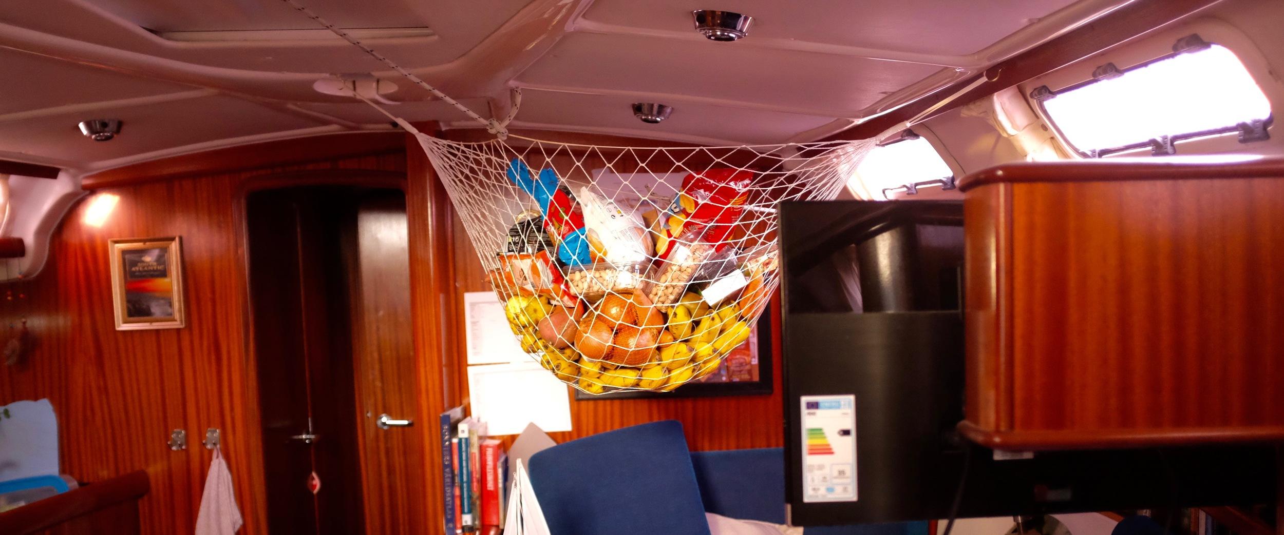 Finally got the fruit net up. :)