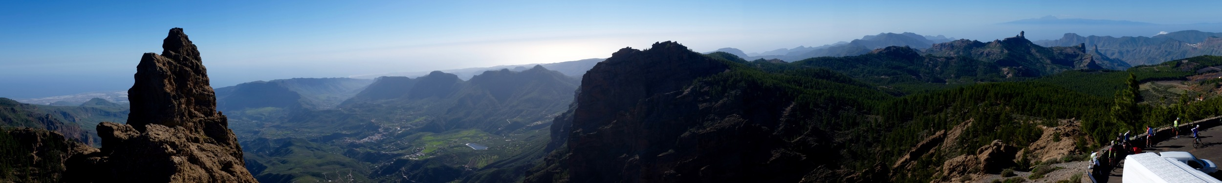Panorama from the highest point of Gran Canaria. You can see Tenerife in the background in the upper right corner.