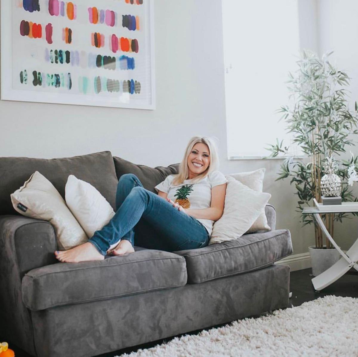 Ashton Scurr, blogger and collector
