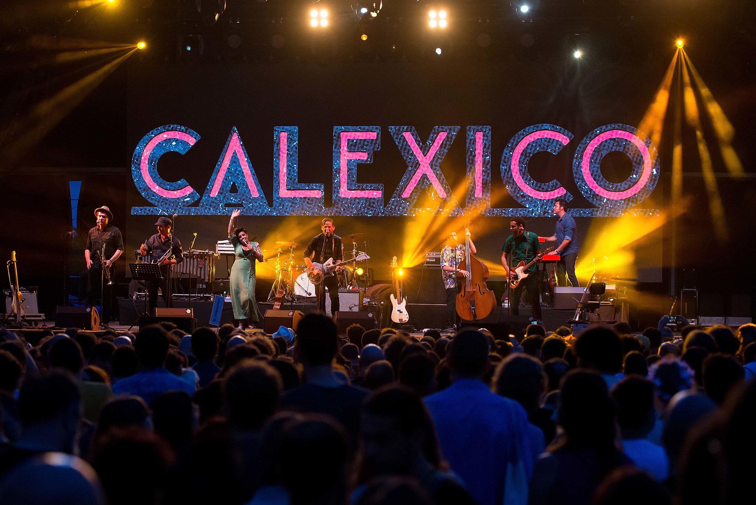 013 - CALEXICO - christian bertrand.jpg