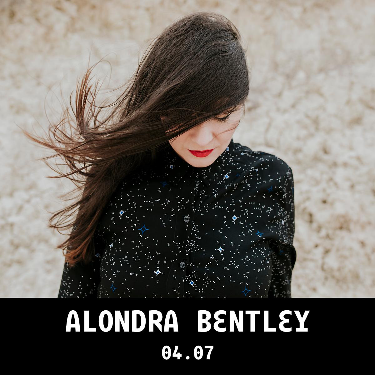 AlondraBentley_1x1_web_caixa.png