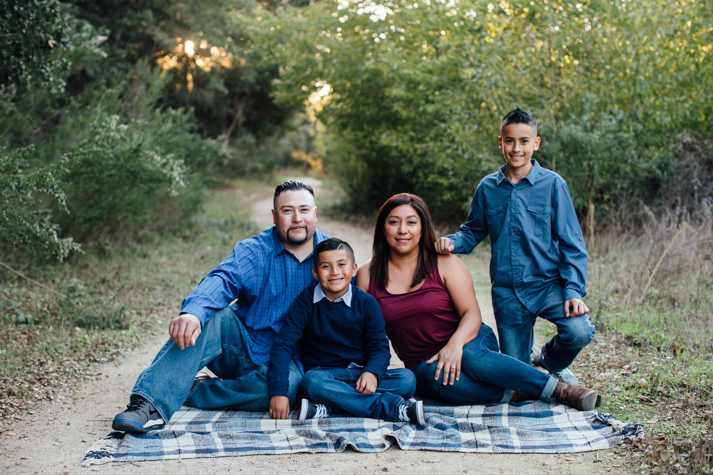Hernandez Family, 2016 (34 of 60).jpg