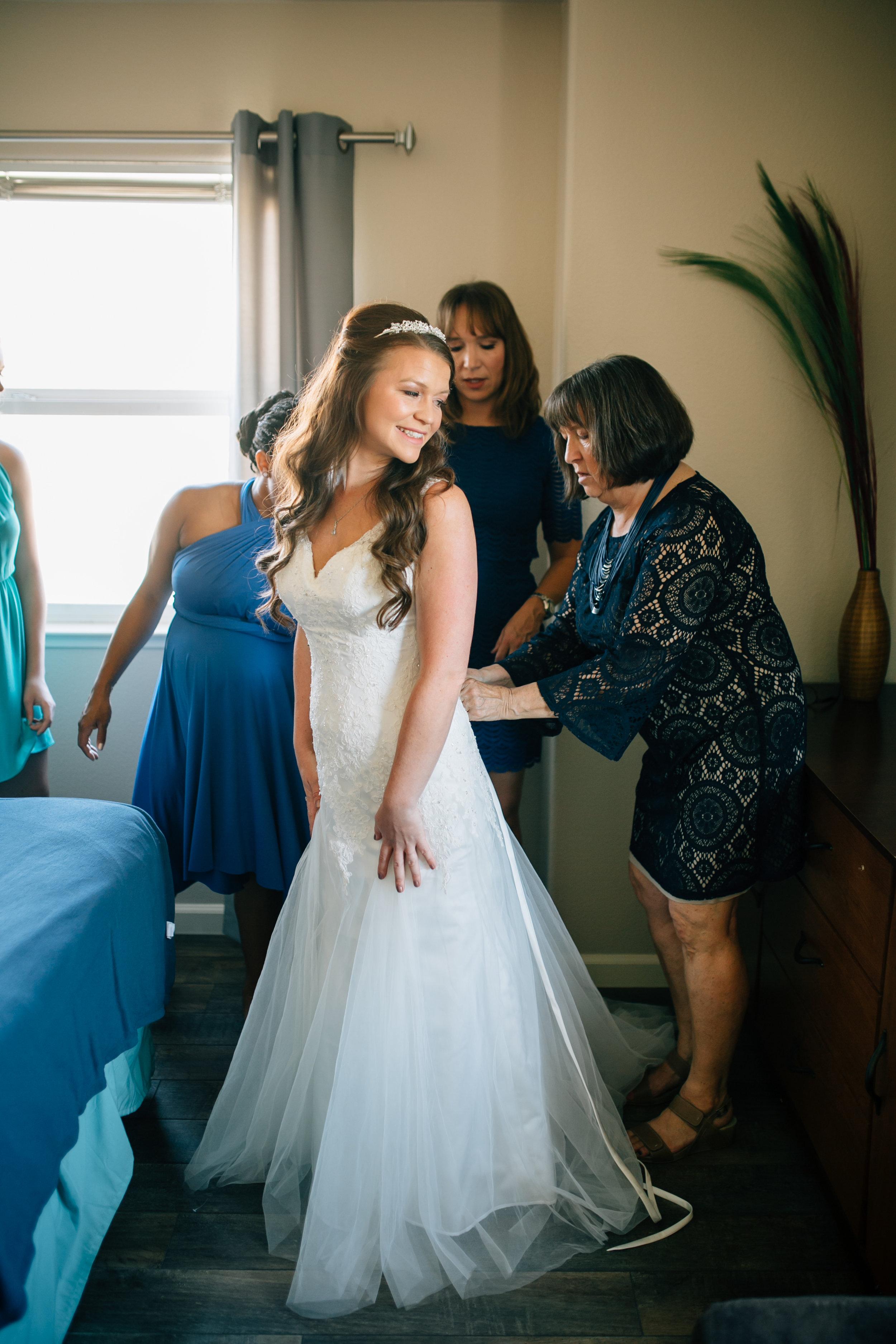 Szymoniak Wedding, 2016 (86 of 453).jpg