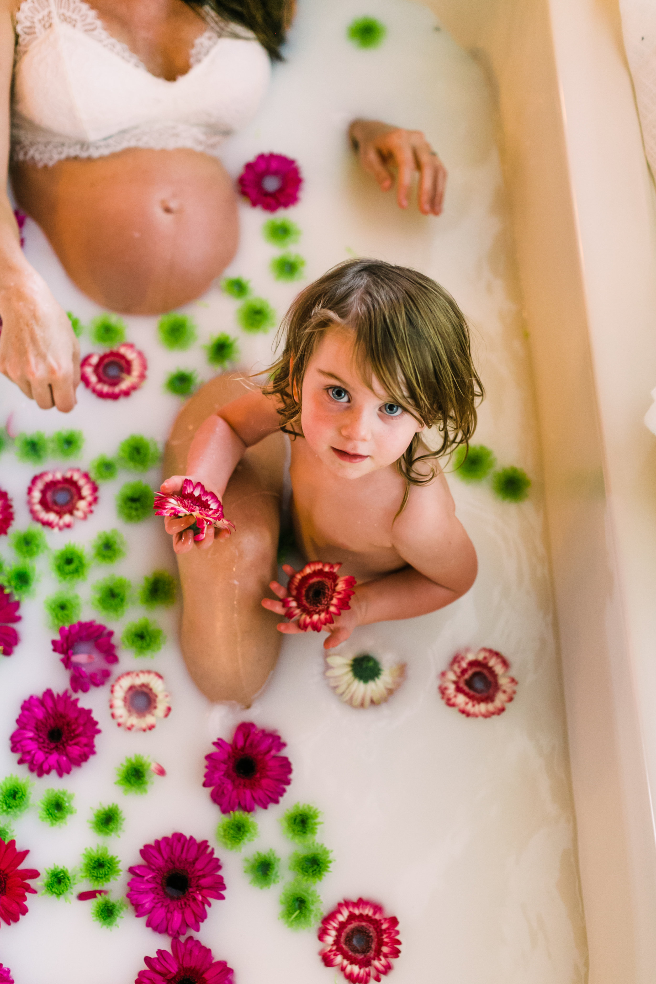 alabama+maternity+milk+bath (8 of 26).jpg