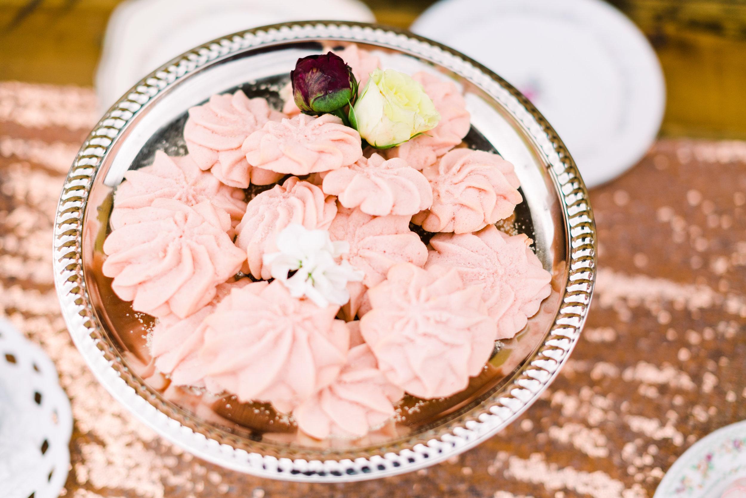 romantic+valentines+day+wedding+sweets (2 of 23).jpg