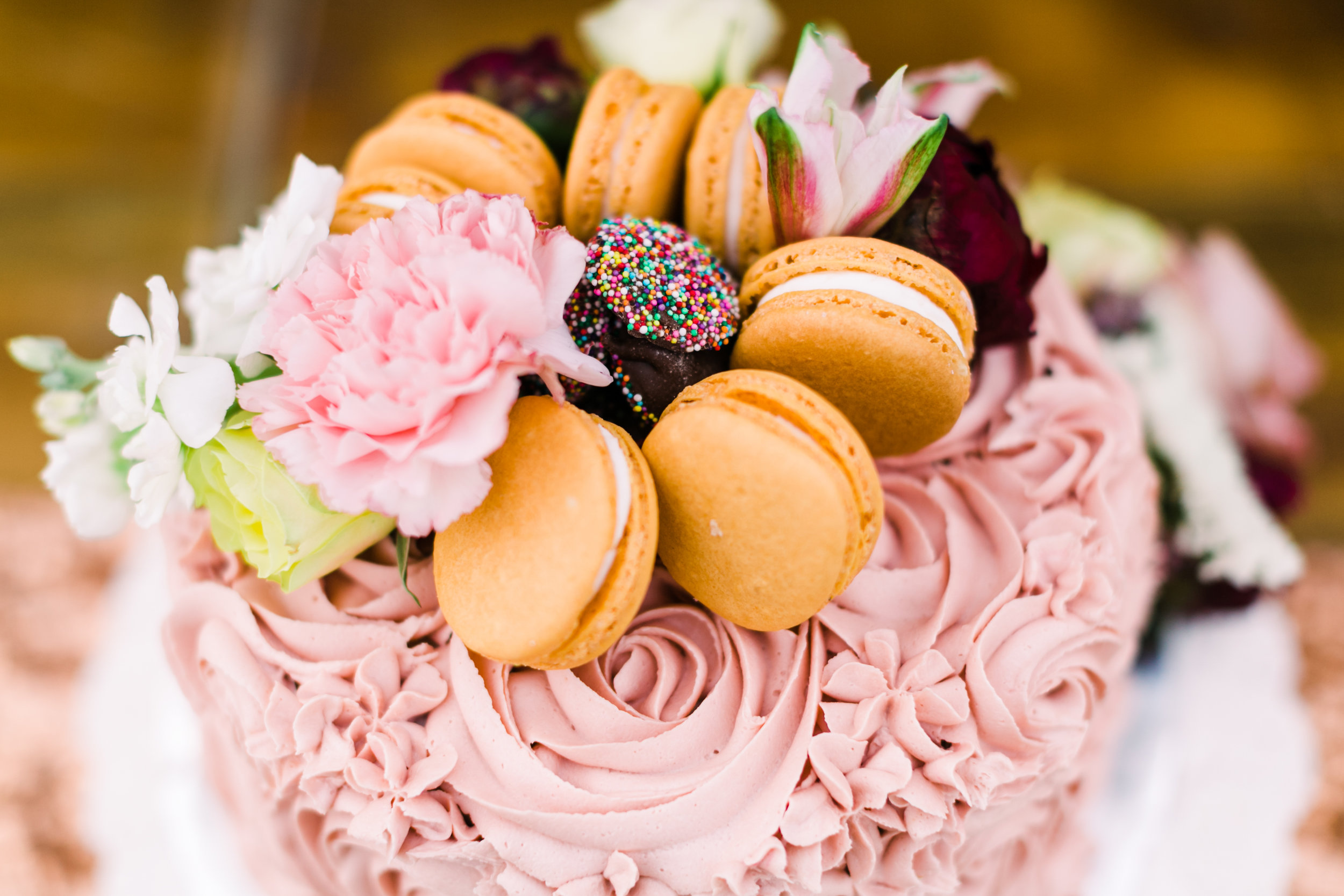 romantic+valentines+day+wedding+sweets (20 of 23).jpg
