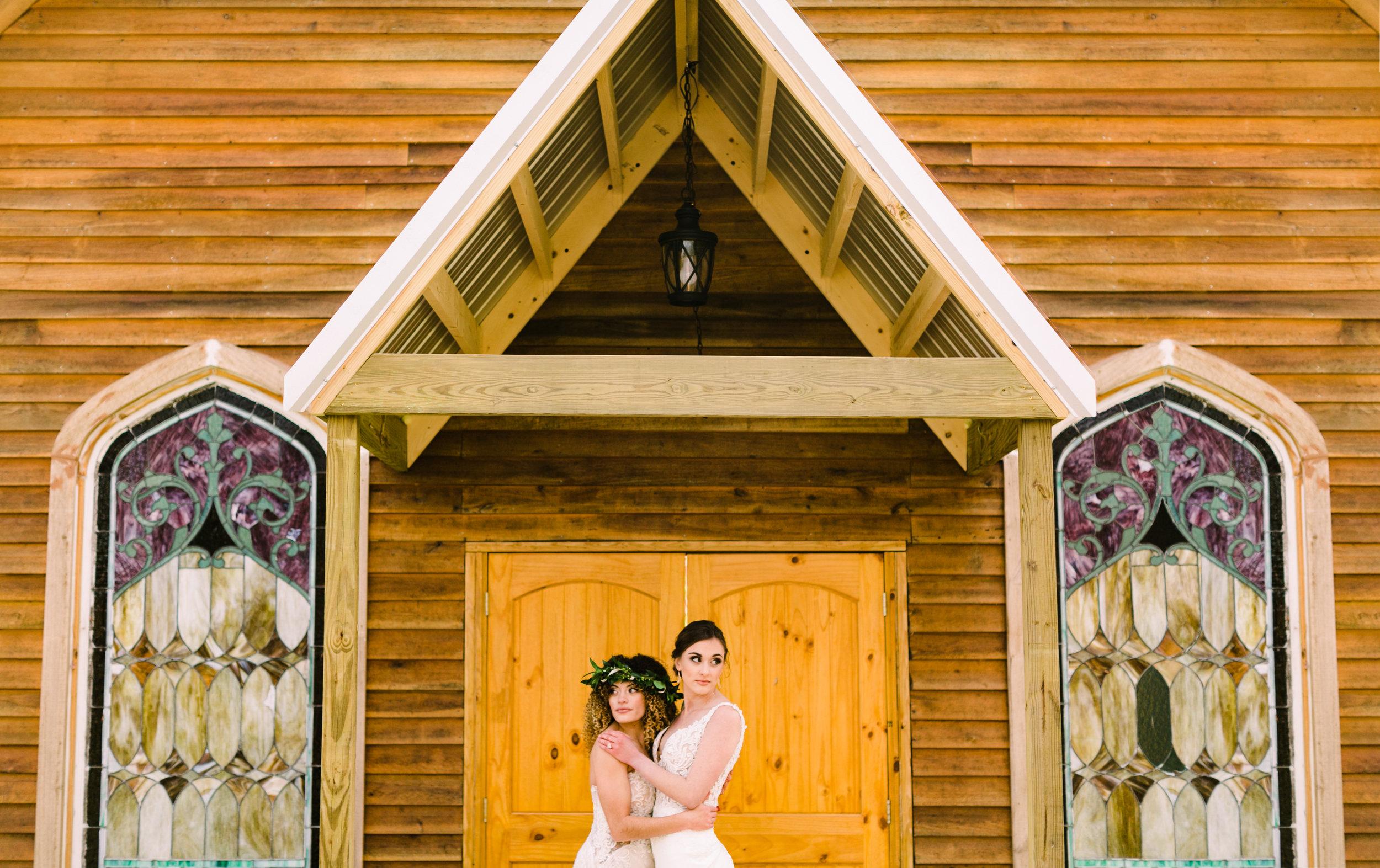 romantic+valentines+day+wedding+horses+chapel (5 of 11).jpg