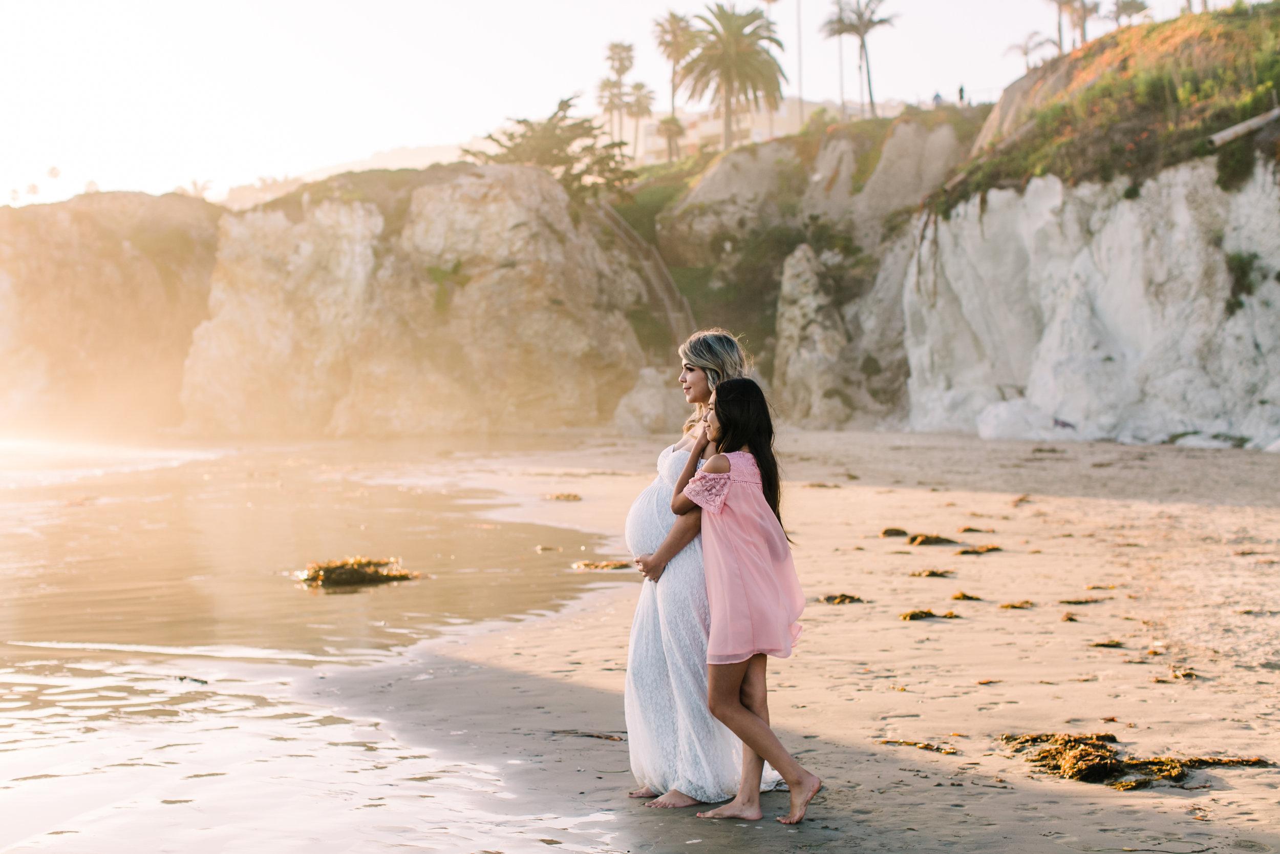 alabama-sunset-romantic-maternity-photos (39 of 40).jpg