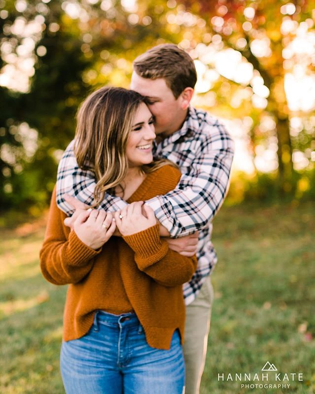 Gimme all the fall colors + crisp autumn light! ✨ #fallengagement