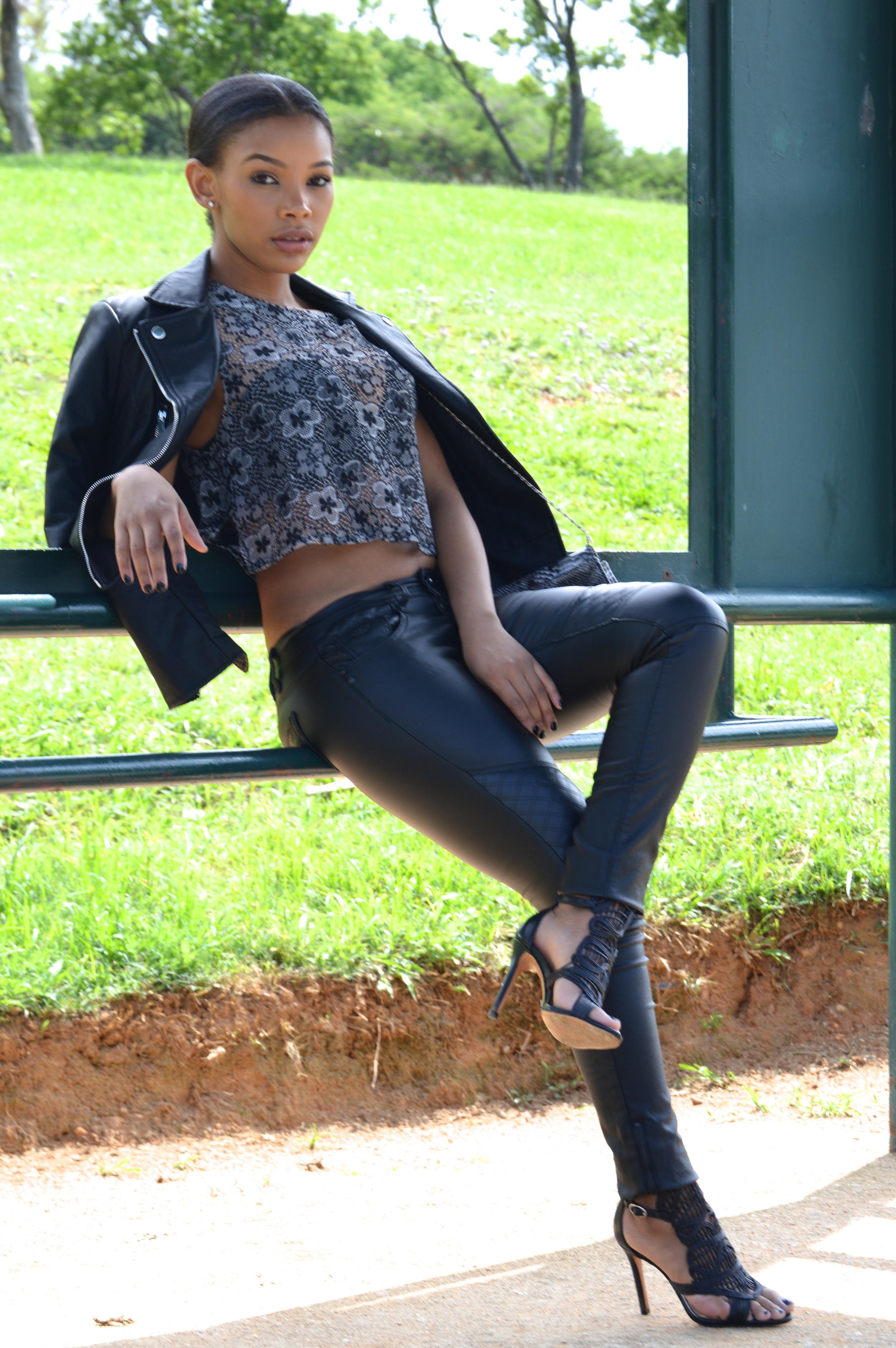Kaylista_leather1