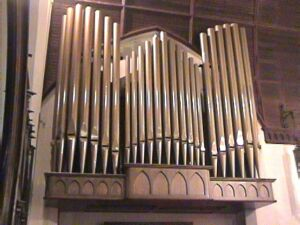 19grace-organ_pipes.jpg