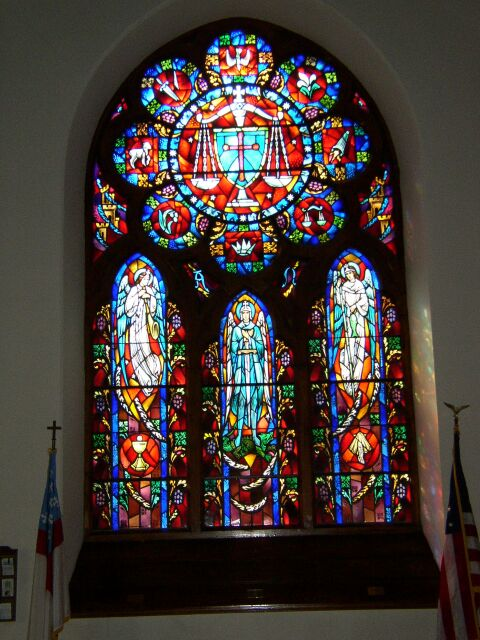 20Hanger_Memorial_Rose_Window.jpg