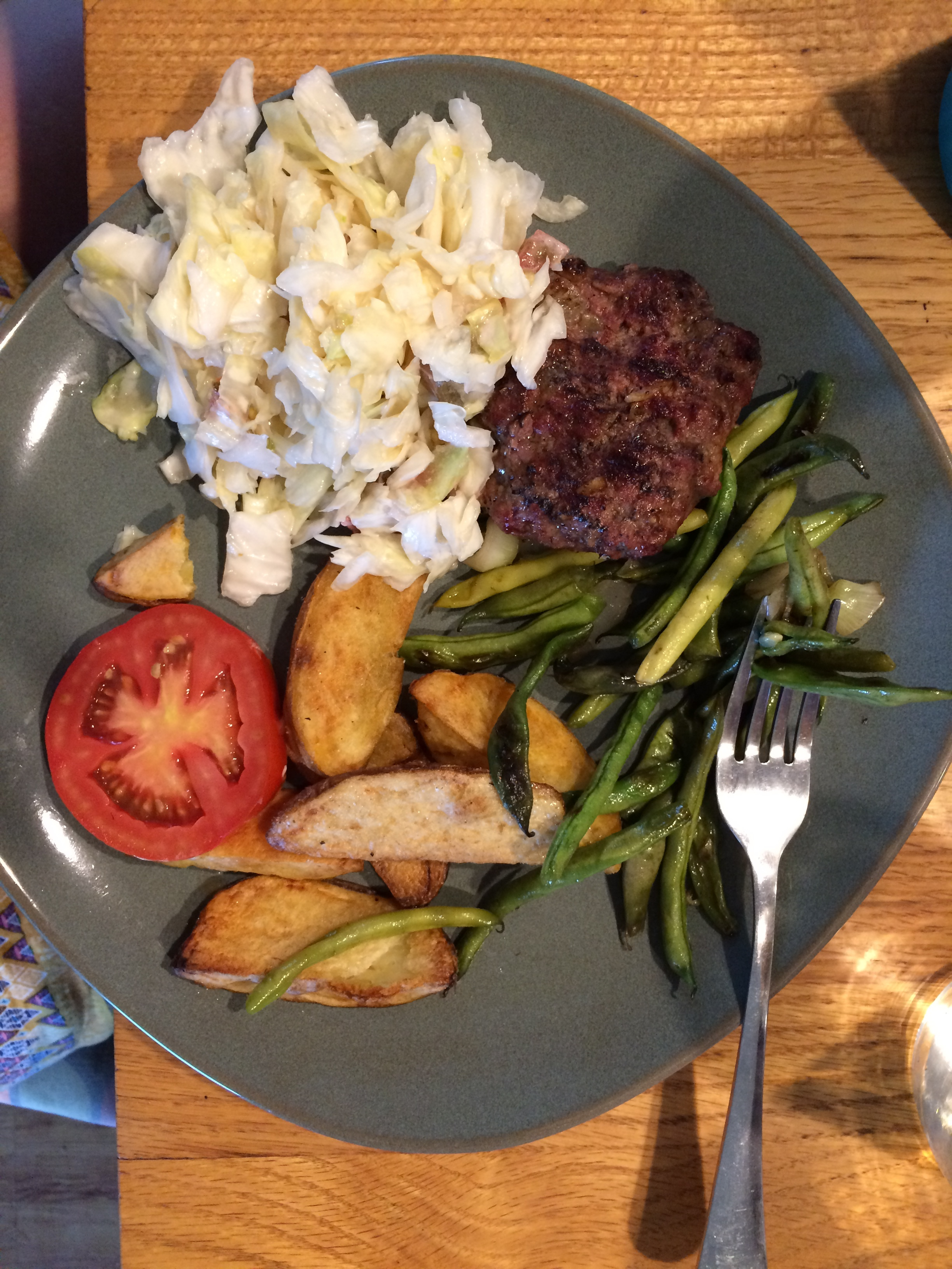 Well these photos are two different days but almost the same meal! We've been keeping it simple lately. Slaw, green beans, tomato and roasted potatoes and ground beef!