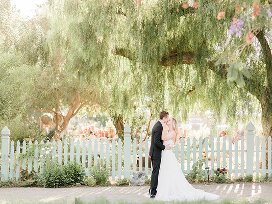 Maravilla Gardens is a beautiful wedding venue near Orange County.