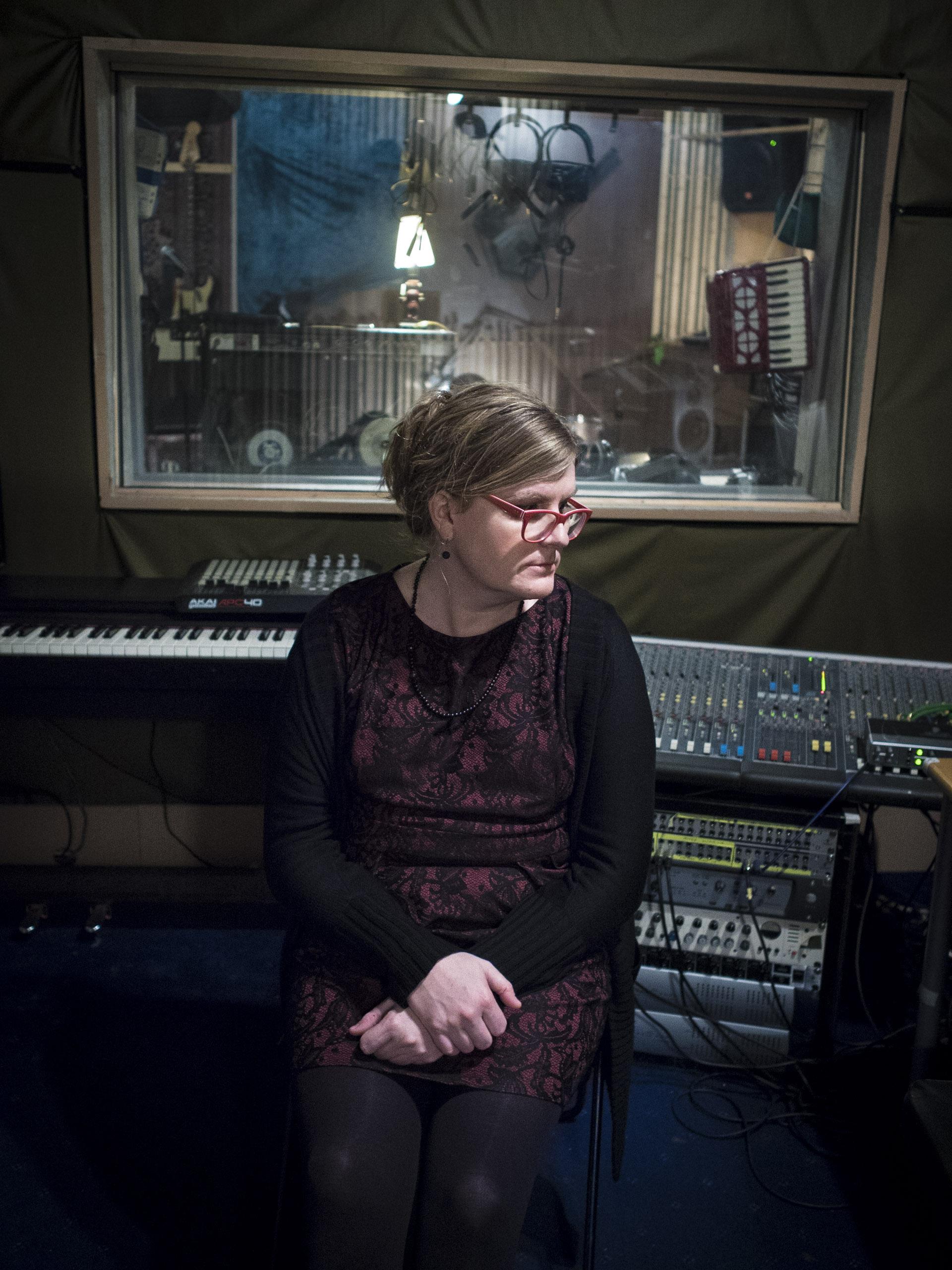 Alison MacNeil  - Musician, Vocals/Guitar Kimono
