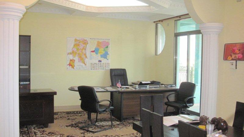 2a_office.jpg