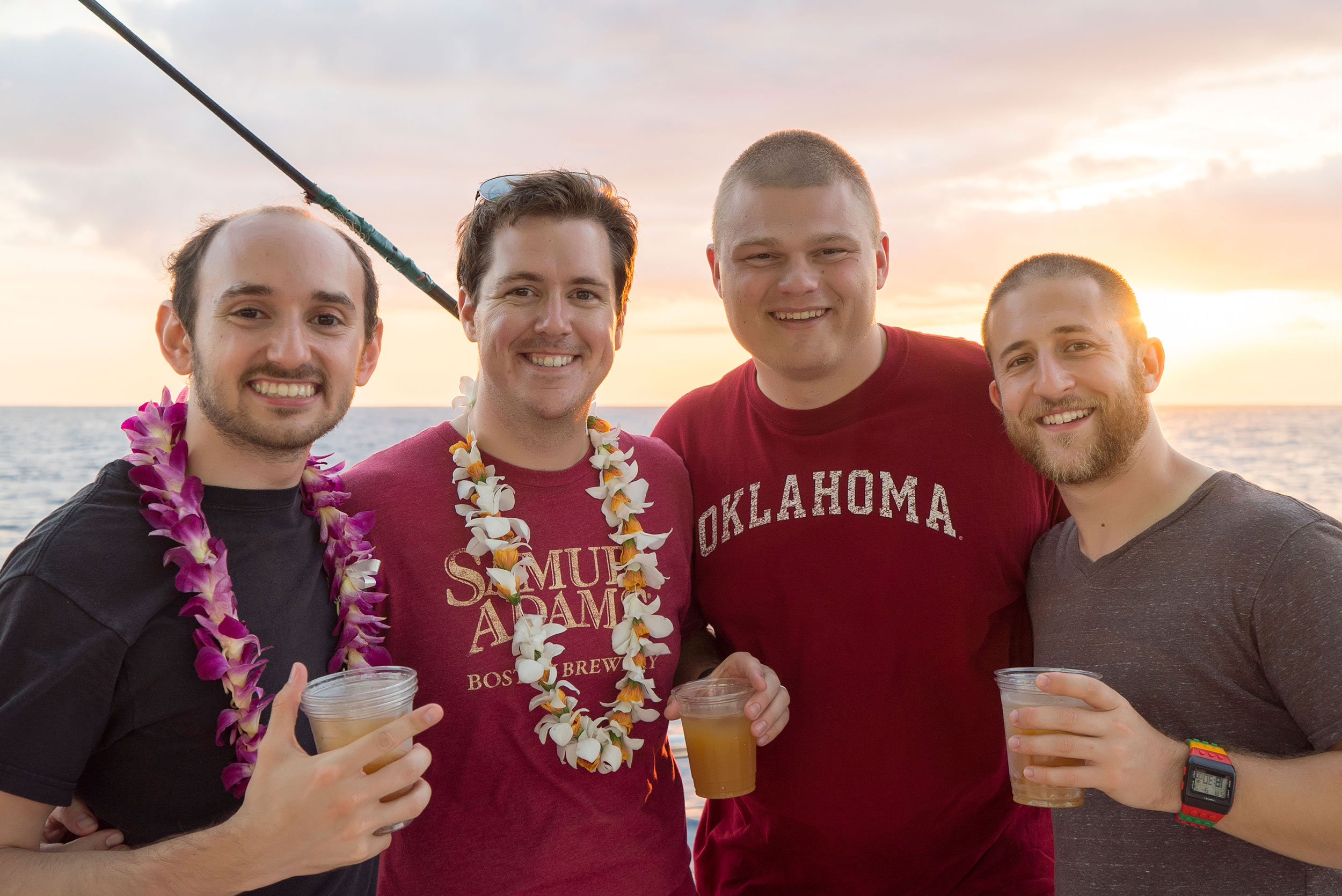 The-Gang-Does-Hawaii-03.jpg
