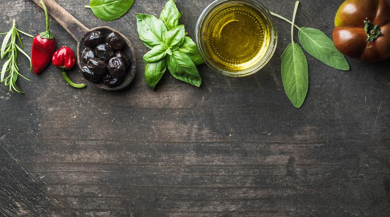 Food background herbs 522785904.jpg
