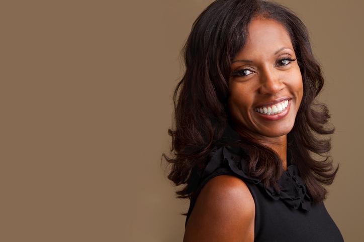 Business woman smiling 514615331.jpg