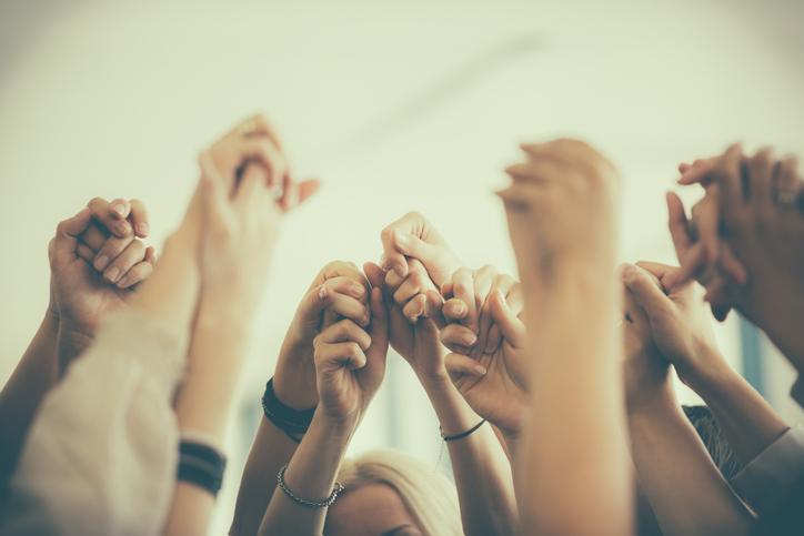 Women hands team 535968491.jpg