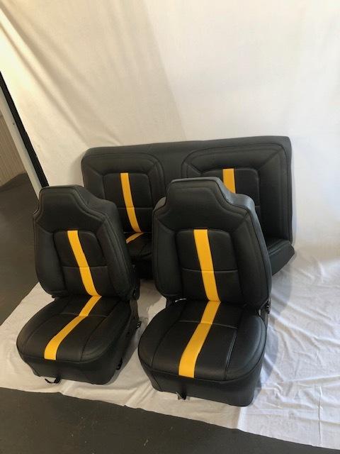 Monaro seats.jpg