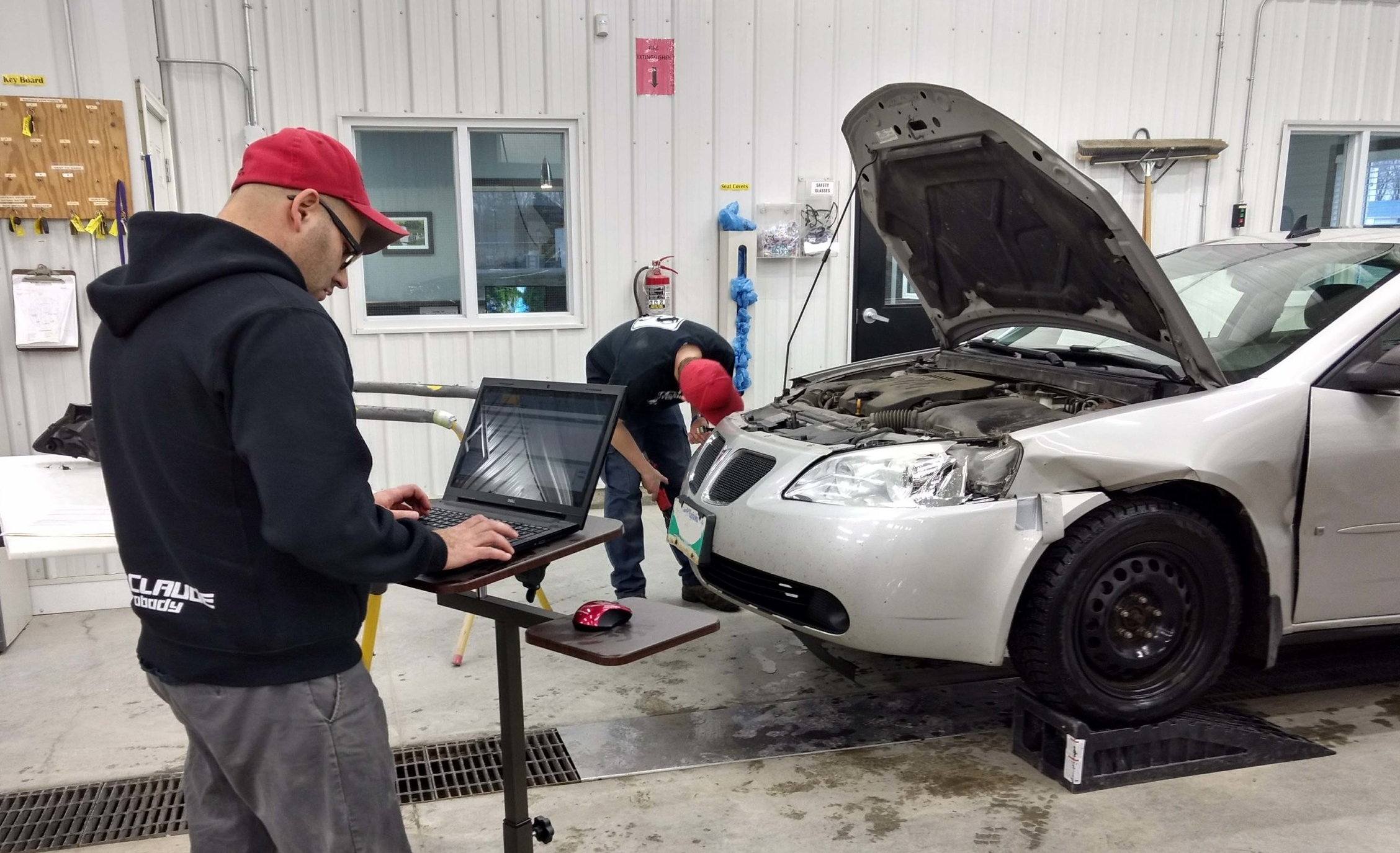 When St.Claude Autobody designed and built their brand new shop in 2014, a dedicated estimating bay was an essential part of their future plans.