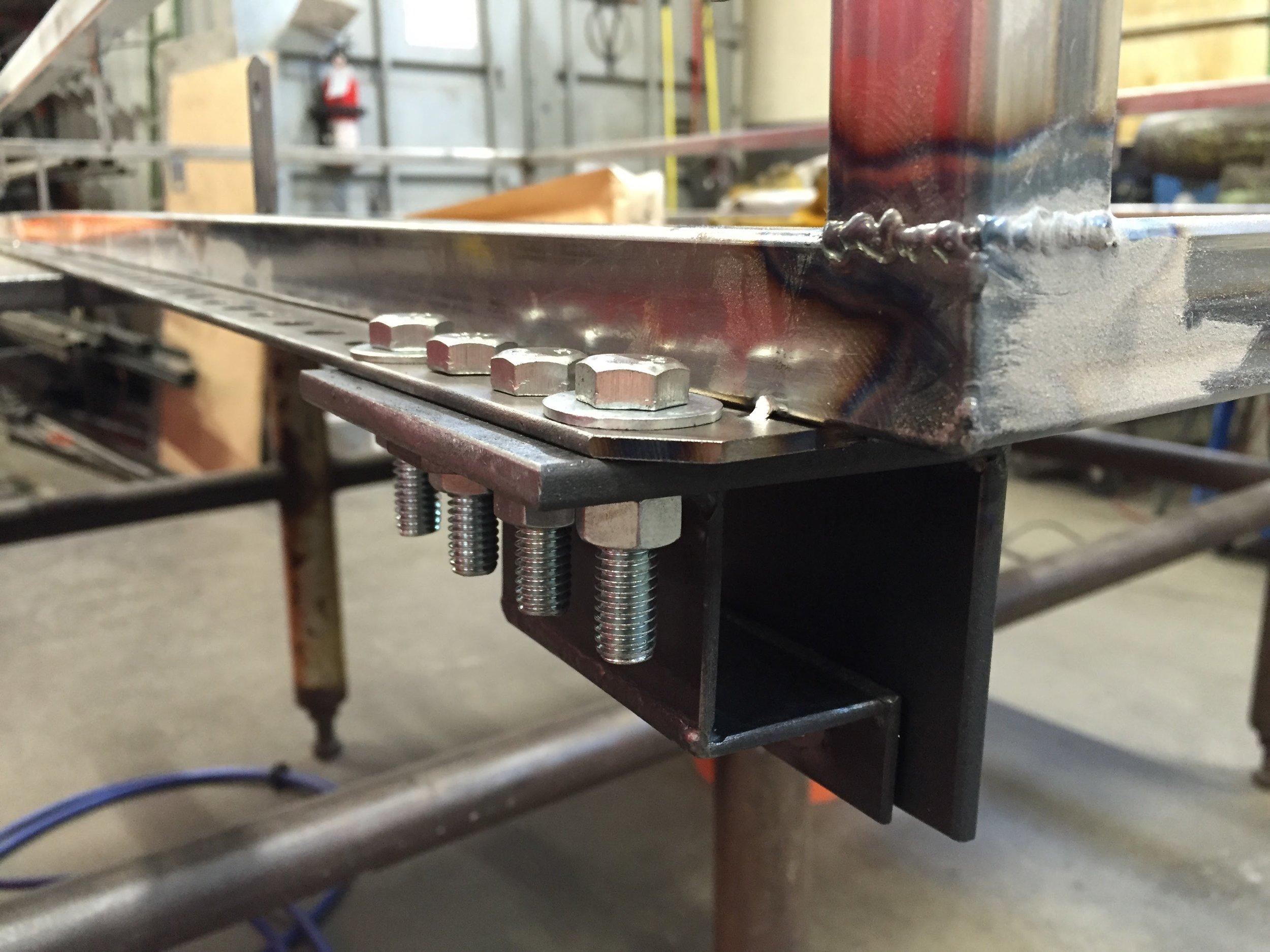 Weld detail & bracket