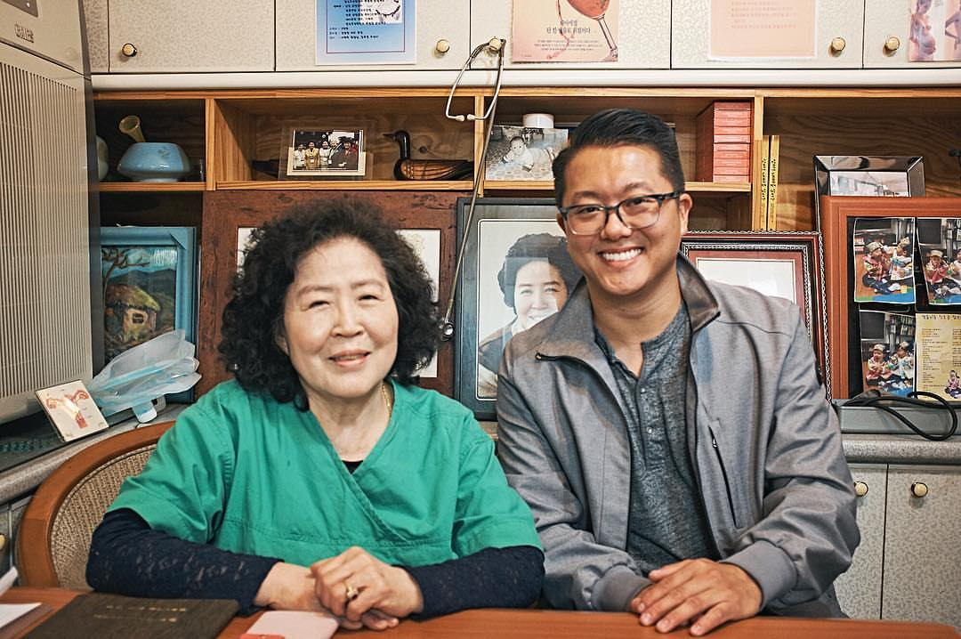 April 14, 2017. A photo with Seo, Ran Hee (서란희). What an honor to meet the woman who assisted my birth mother and delivered me in person 31 years ago. Daedanhi gamsahamnida : Joon Seong Roh