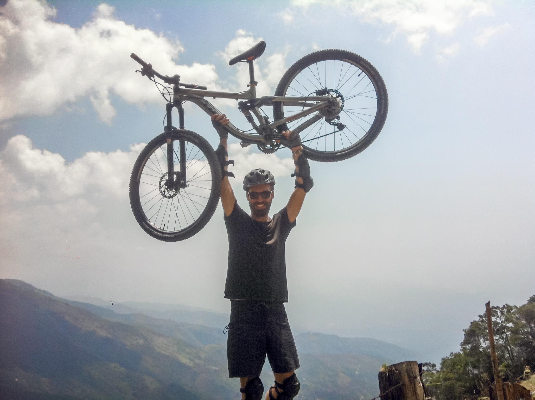 Medellin_Downhill.jpg