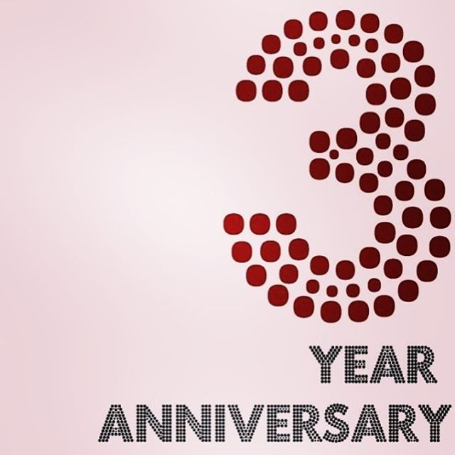 Come celebrate 3 fabulous years in Danville with us this Saturday! We will have food catered by @forlialamo and the Mirror Me photobooth @mirrormeca! Plus, lots of raffles and champagne! We look forward to celebrating this important anniversary with you 💞🥂
