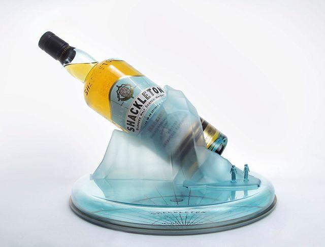 冰封展示系列   Frozen  Shackleton爵士在一百年前挑戰南極登峰的傳奇故事,雖然沒有成功卻因為將所有船員安全帶回家而成為佳話,百年之後爵士在南極留下被冰封的威士忌重見天日驚動酒界,讓投保超過8,000萬台幣的神之鼻Richard Paterson親自調製這款夏克頓南極冰封麥芽威士忌。HUEMON團隊被賦予重要的任務,希望能在台灣通路上大膽展現出此款酒背後的故事,這就是 - 冰封展示系列的設計來源,我們將酒瓶大膽的封存在一塊南極冰山上,展示出此酒款中擁有的『找尋未知的勇氣。』 Sir Ernest Shackleton is known as much for his camaraderie and leadership as he is for his adventurous spirit. Hundred year ago, he challenged to become the first man to set off traversing Antarctica for the first time. Although the mission was failed, he returned all of his men safely home. After a hundred year, Shackleton's whiskey cases was discovered frozen in the ice, world renowned Master Blender, Richard Paterson, carried out painstaking analysis to re-create this antique whisky, and used this as the foundation to create Shackleton – a modern Blended Malt with ice in its DNA.  HUEMON was assigned to develop a display which has to spread the story to Taiwanese Market. FROZEN is proudly designed to showcase the courage from the original story by sealing the bottle physically on the top of Antarctic iceberg. We believe people will bring their own adventurous spirit out after encountering Shackleton and enjoying this wonderful creation.  Design   @huemon_design #奇夢籽 - 完整作品介紹full project on our website👉👉👉 https://www.huemondesign.com/shackletonfrozen  夏克頓冰封威士忌哪裡買👉👉👉 http://shackleton-whisky.tw/distrbution.html  品牌台灣紛絲專頁 https://www.facebook.com/theshackletonwhisky/  #huemon #shackleton #displaydesign #productdesign #Antarctica #夏克頓 #南極 #industrialdesign #whiskey #blended #scotch #blendedmalt #Adventure #mountain #ADVENTUROUS #EXPLORER #LEADER #LEGEND #Nimrod #richardpaterson #display #威士忌 #蘇格蘭 #scotchwhisky
