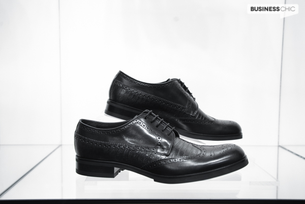 Emporio-Armani-shoes-are-made-in-Italy.jpg