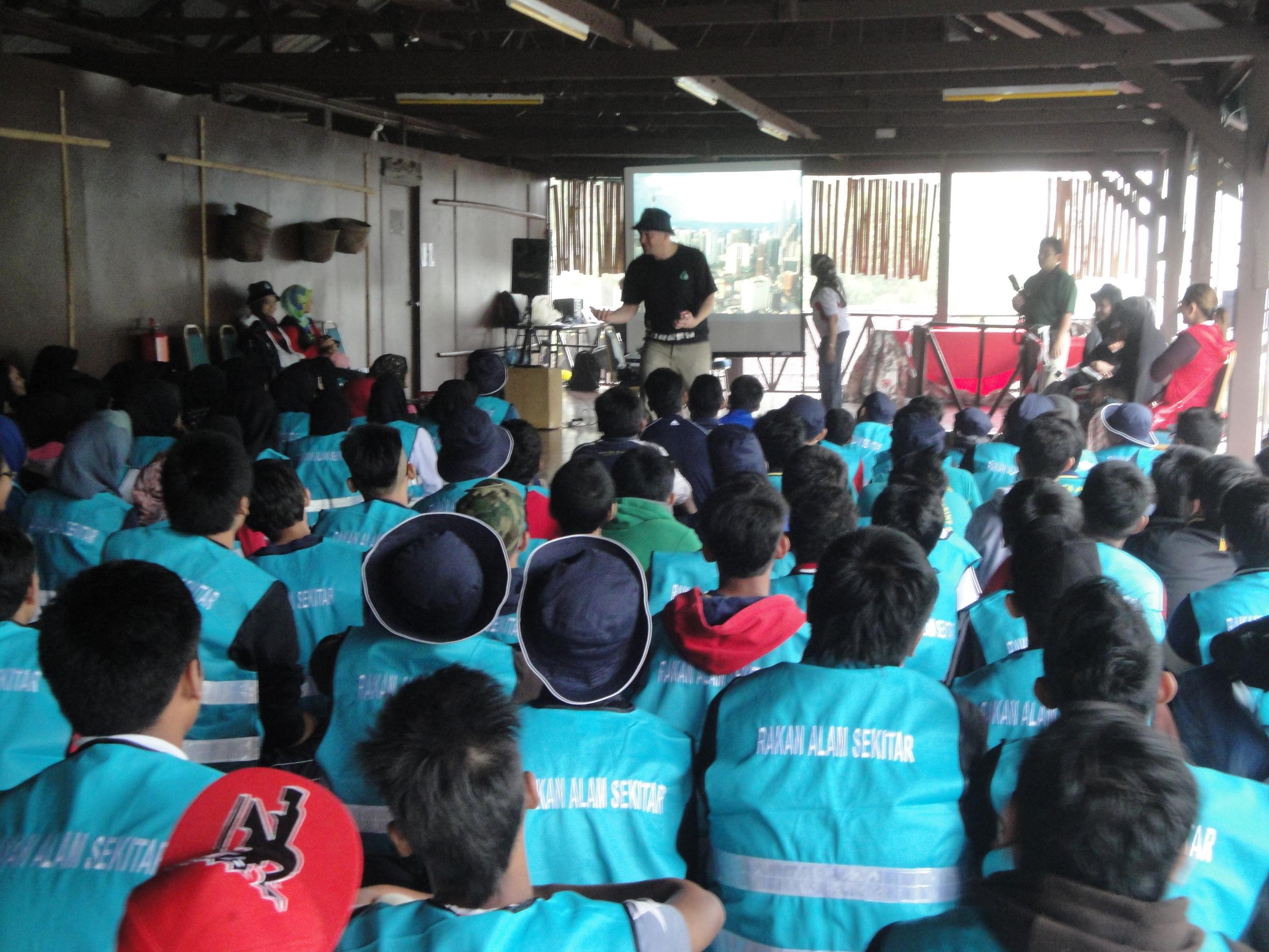 Genting Awana longhouse talk 2012-13.jpg