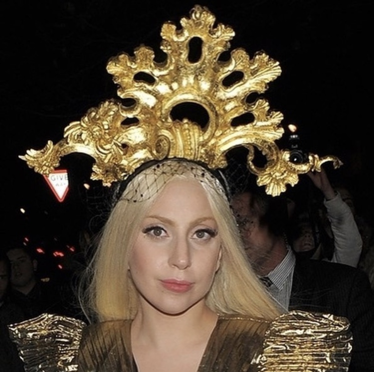 Hand-carved wooden Rococo swirl in 24 carat gold leaf 'Dello' seen on Lady Gaga.