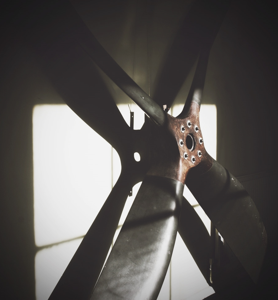 Antique-propeller.jpg