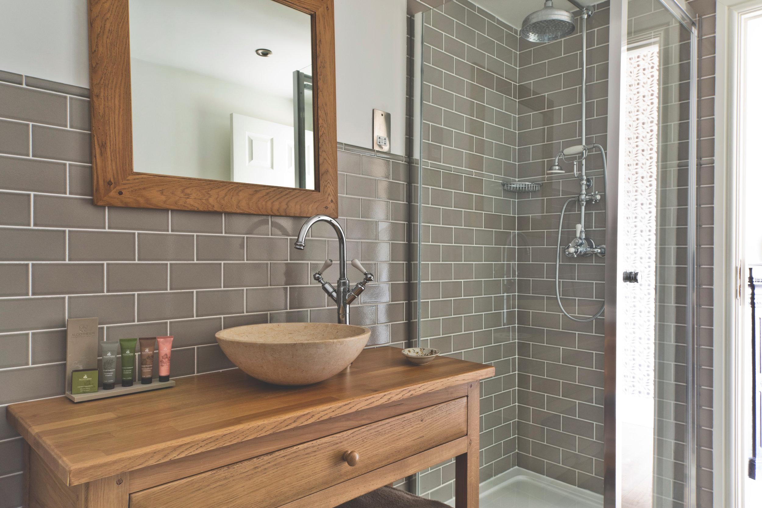 Greenwich Bathroom 007.jpg