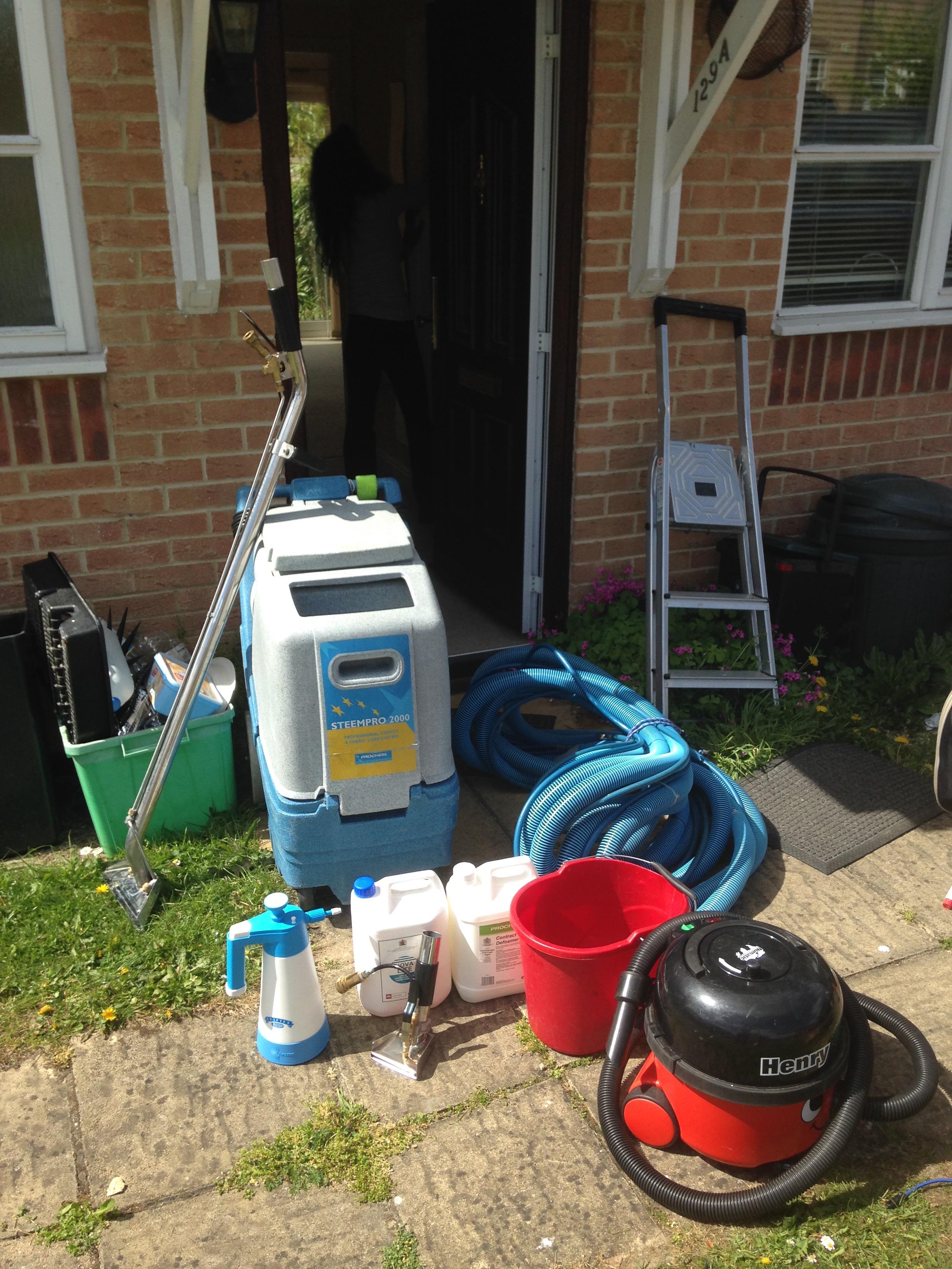 carpet cleaning equipment.jpg