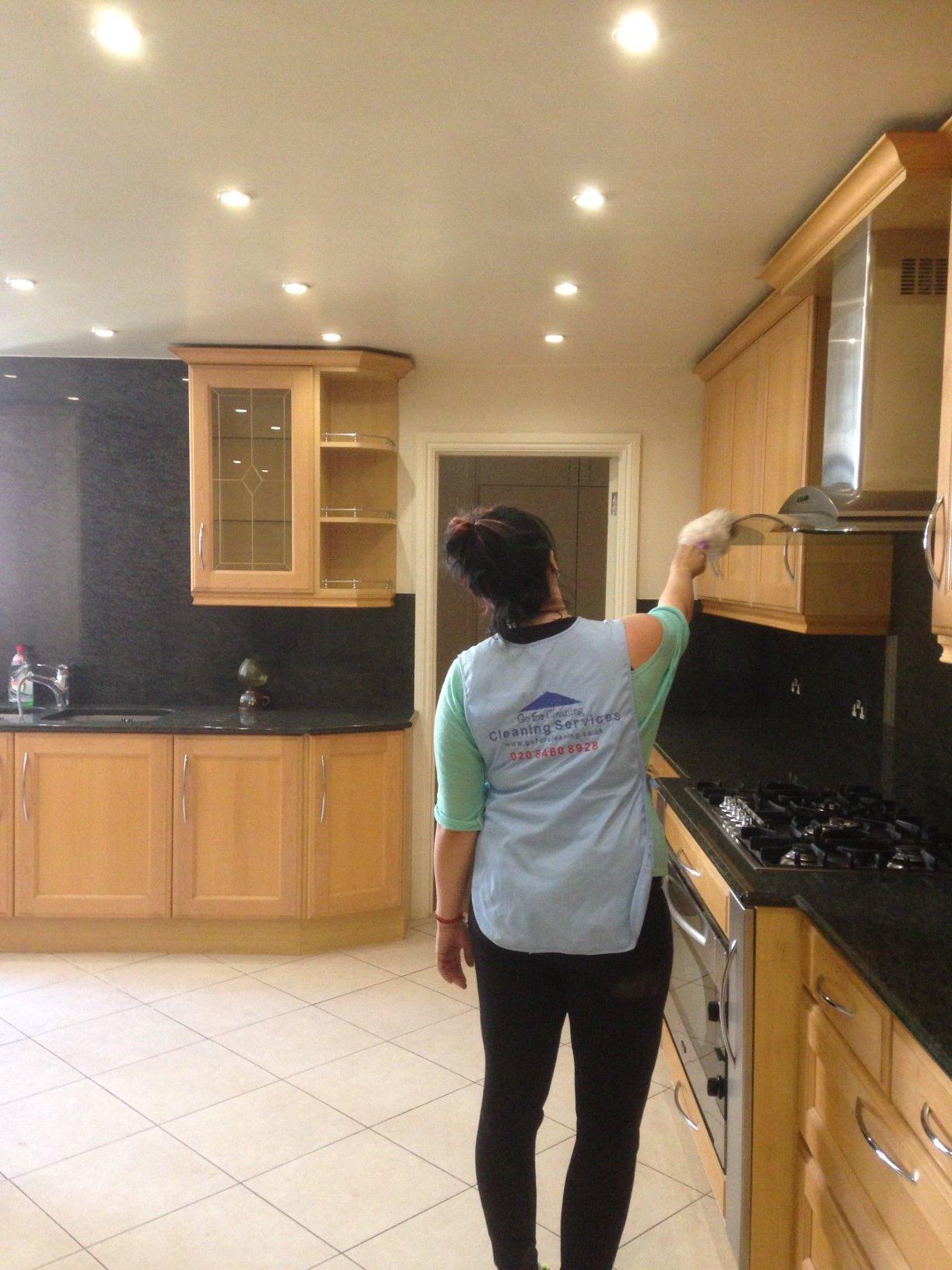 Kitchen Deep Cleaner Fulahm.jpg
