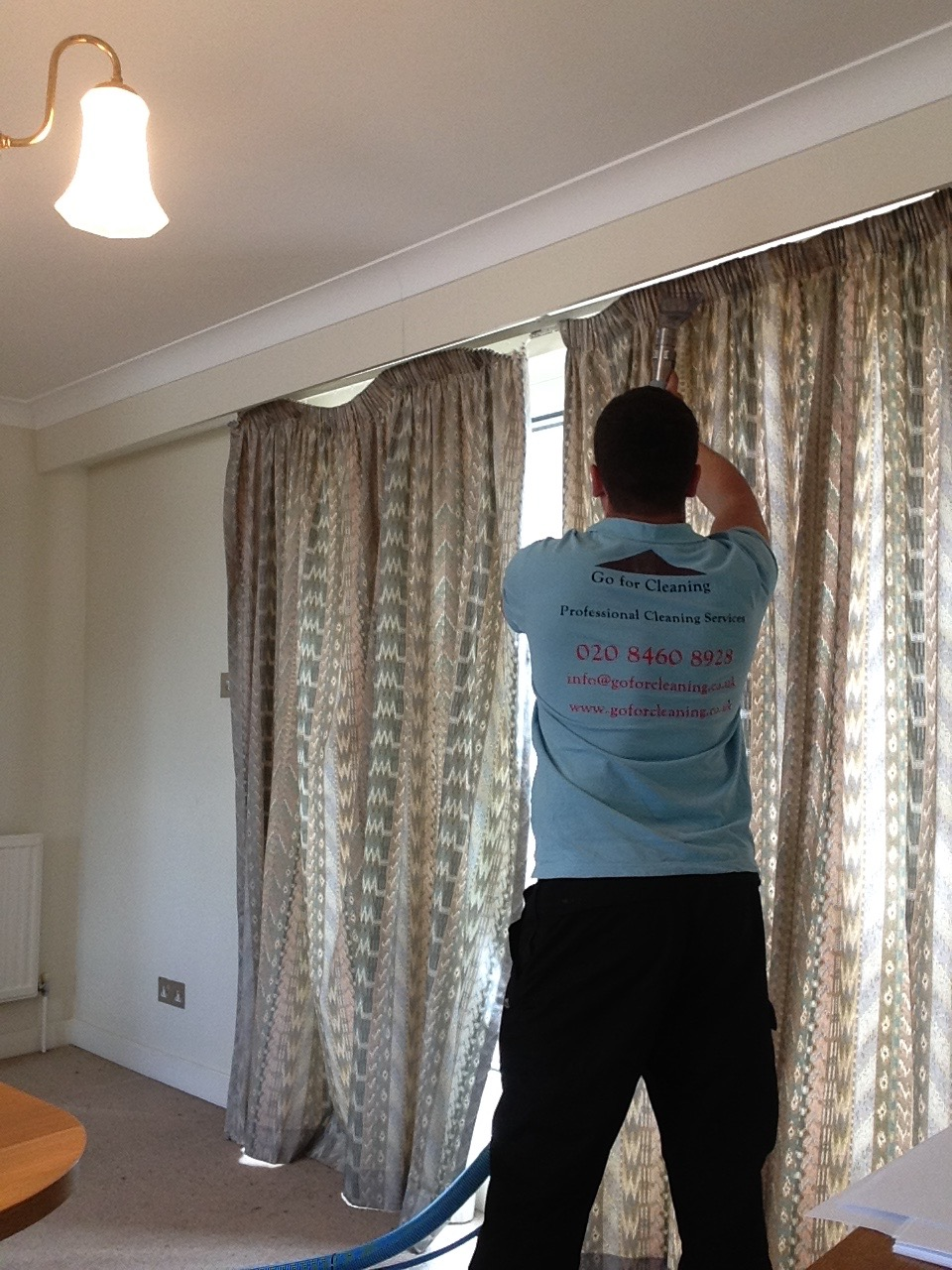professional curtain cleaner West Chiswick.jpg