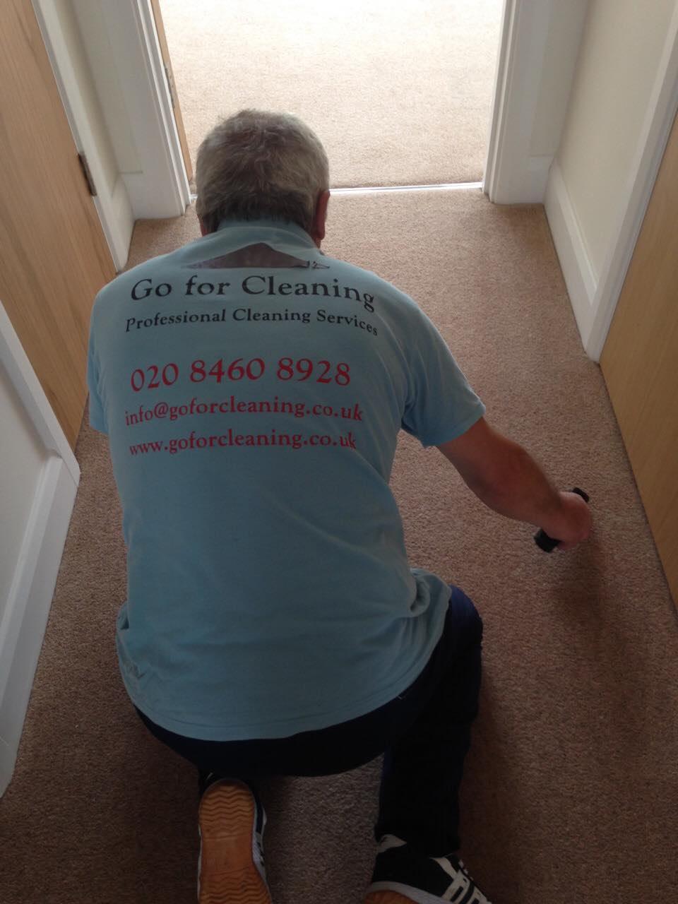 specialist carpet cleaner London.jpg