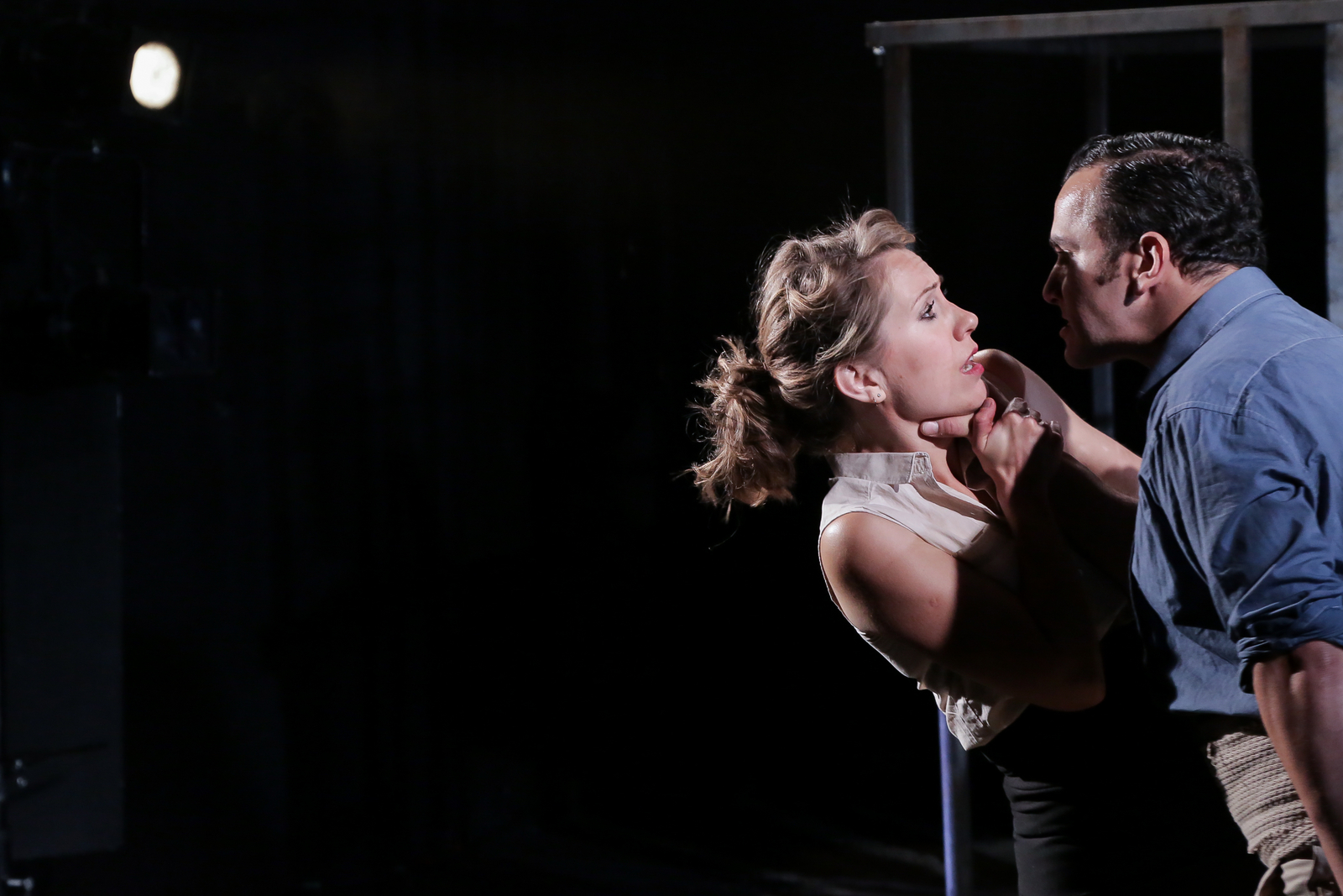 Carmen (OperaUpClose). Flora McIntosh (Carmen), Anthony Flaum (Jose). Photo Andreas Greiger.