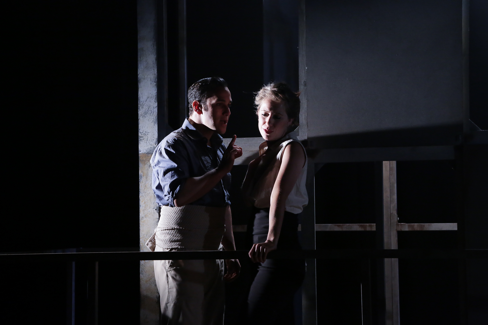 Carmen (OperaUpClose). Anthony Flaum (Jose), Flora McIntosh (Carmen). Photo Andreas Greiger.