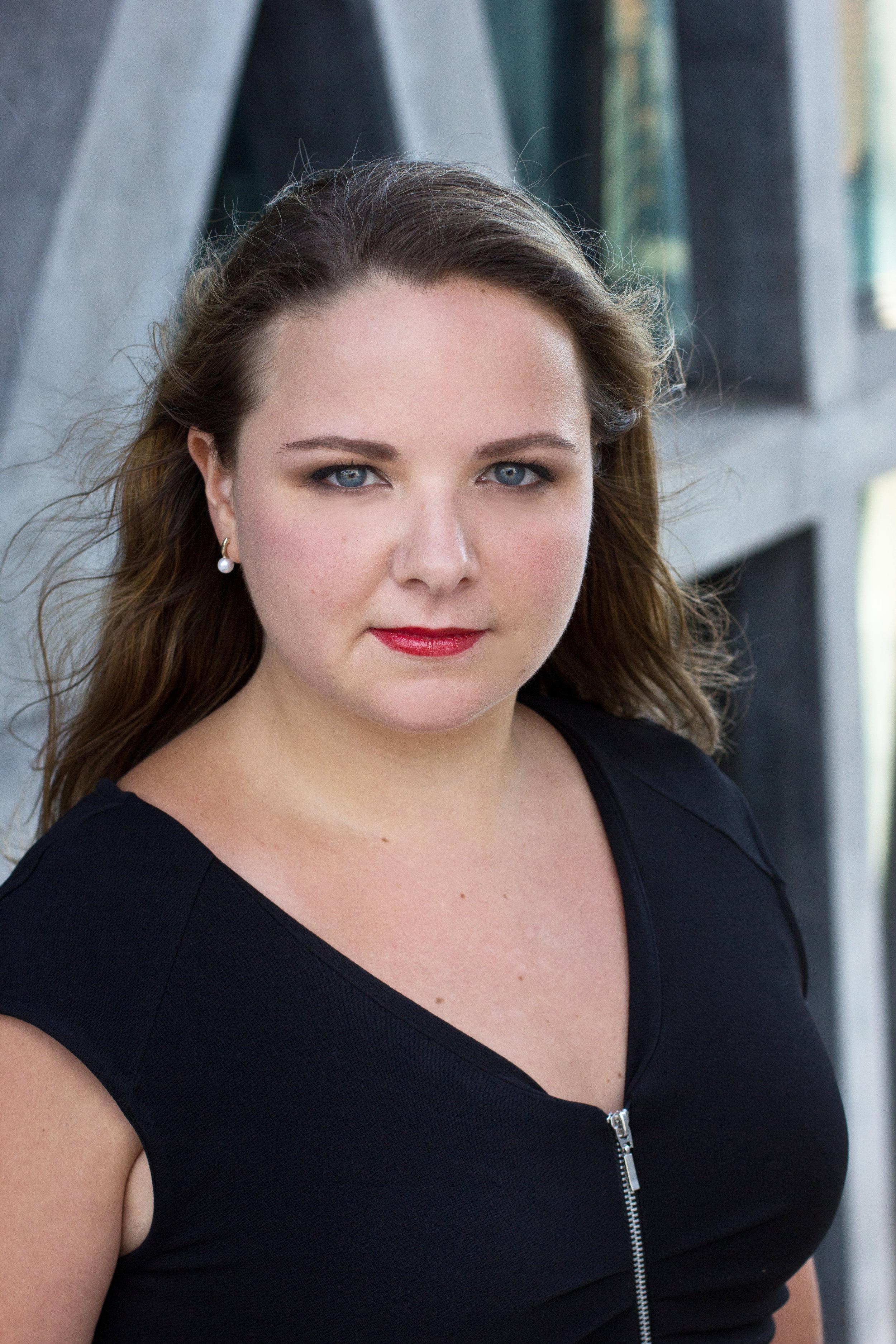 QUEEN ELIZABETH | Philippa Boyle
