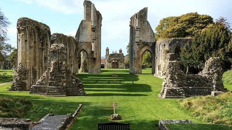 glastonbury_abbey.jpg
