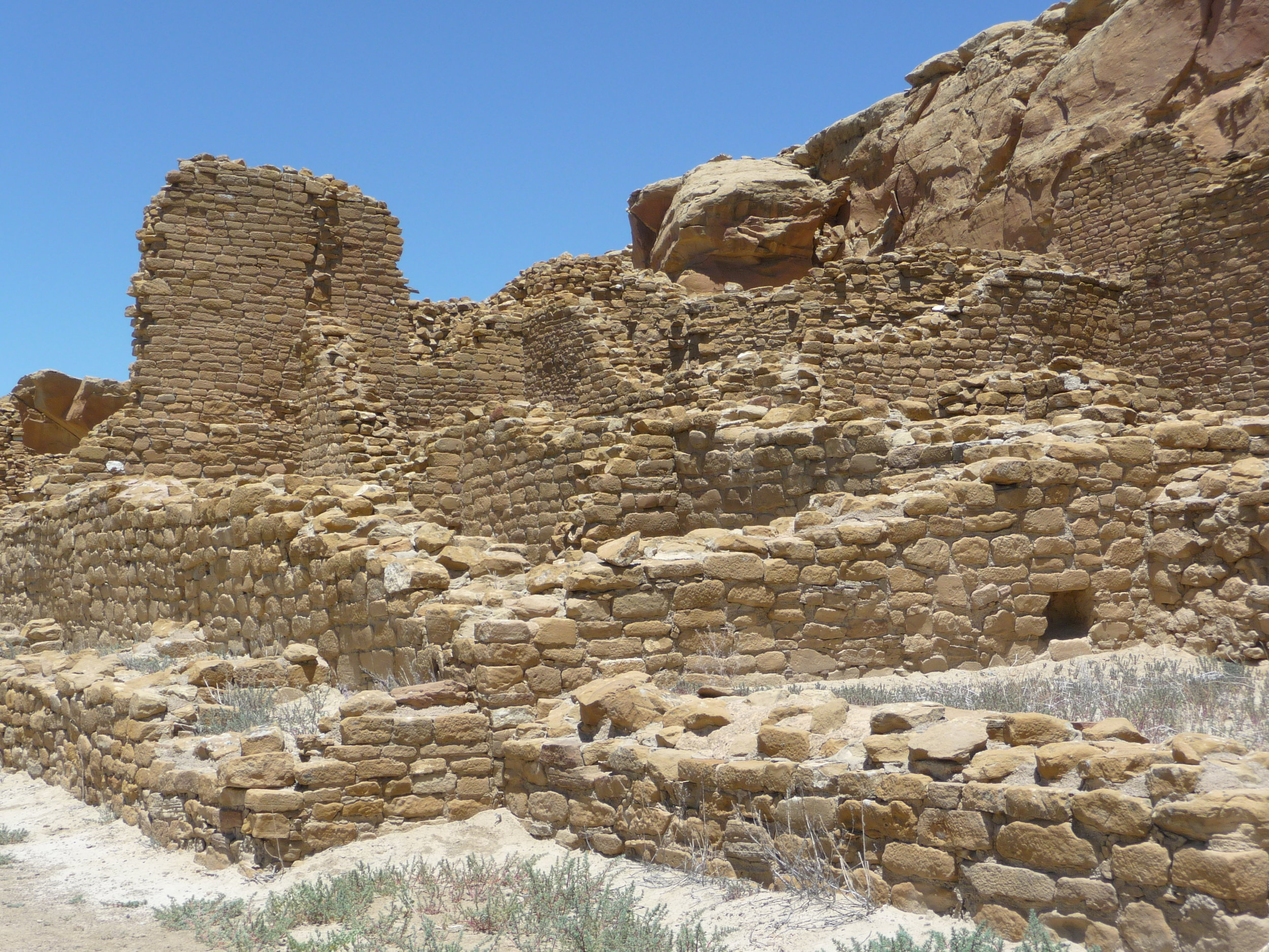 The remnants of Kin Kletso, Chaco Canyon. Photo credit: Alissa Simon