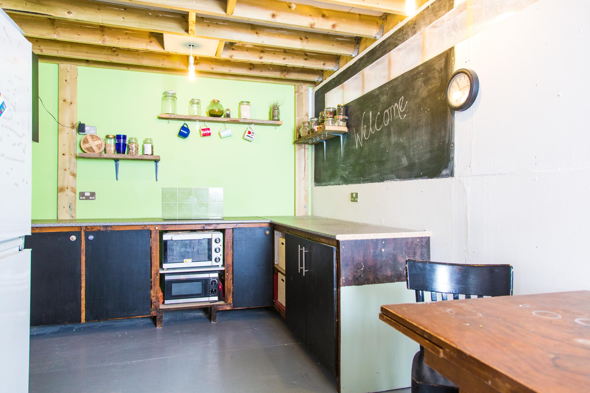 Annex_kitchen.jpg