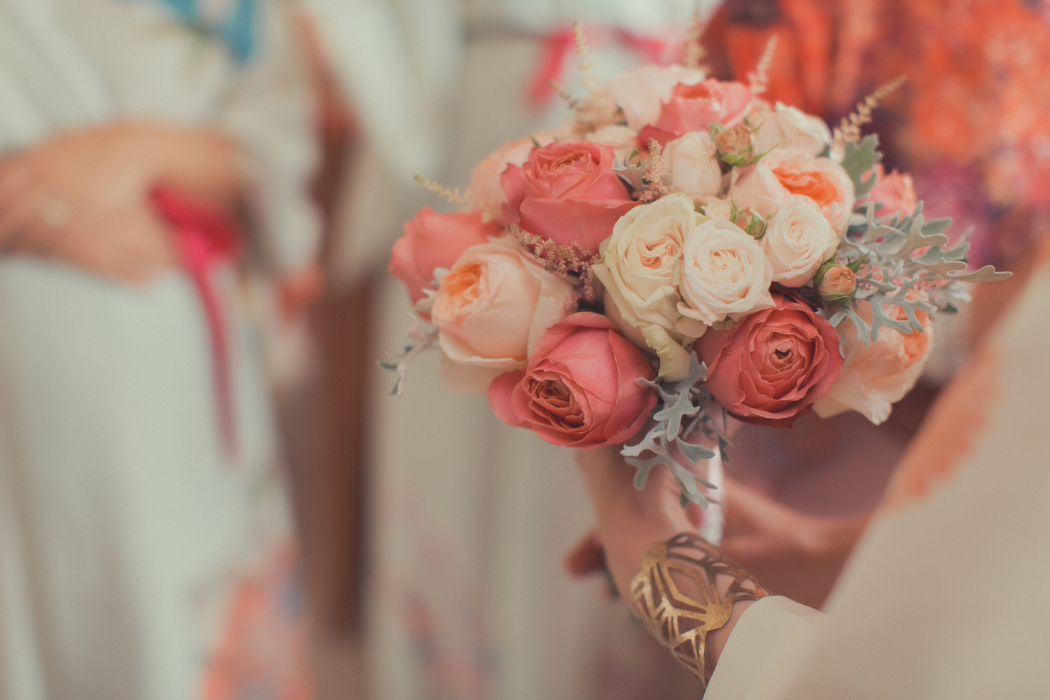 Summer wedding boquet with Julietee, Bombastic & Garden romantic antique roses