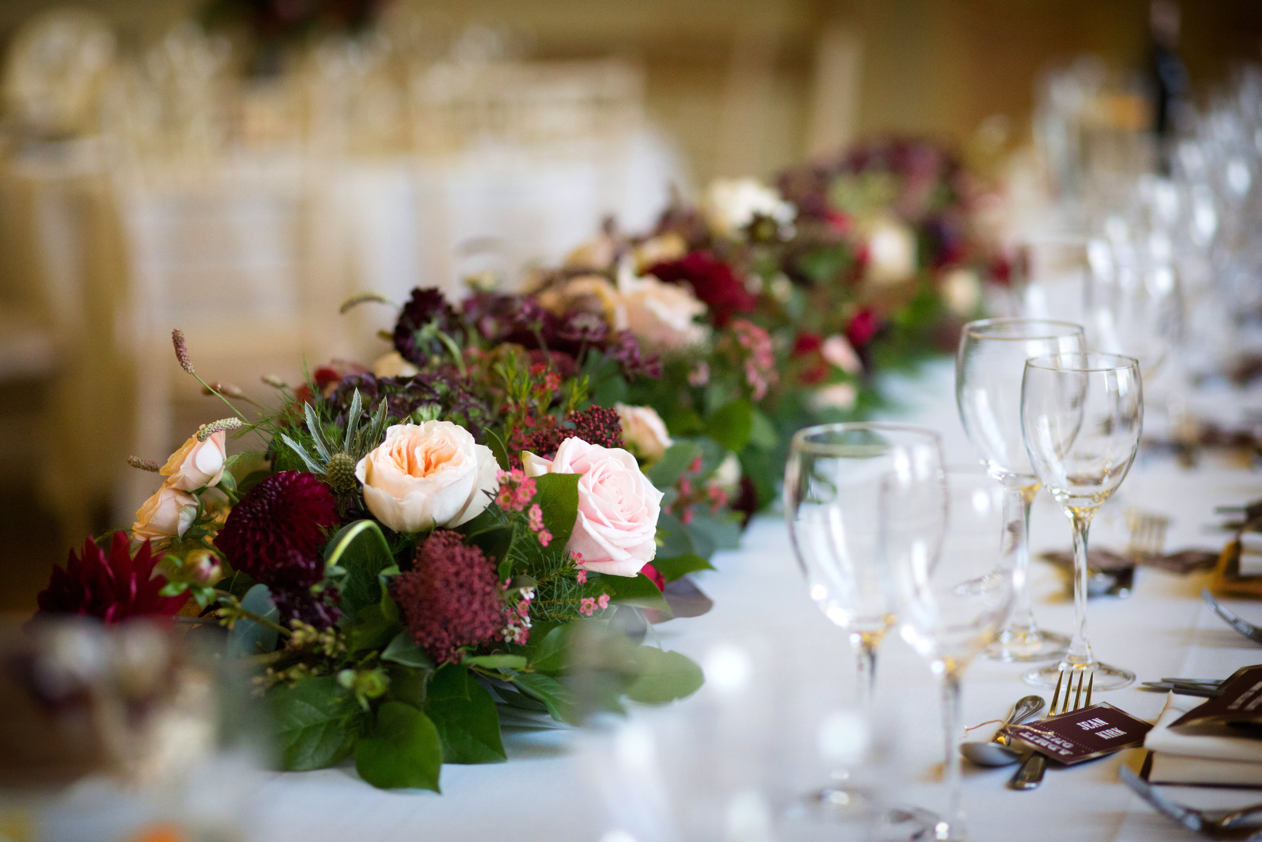 Autumn top table runner at Stowe House, Buckinghamshire