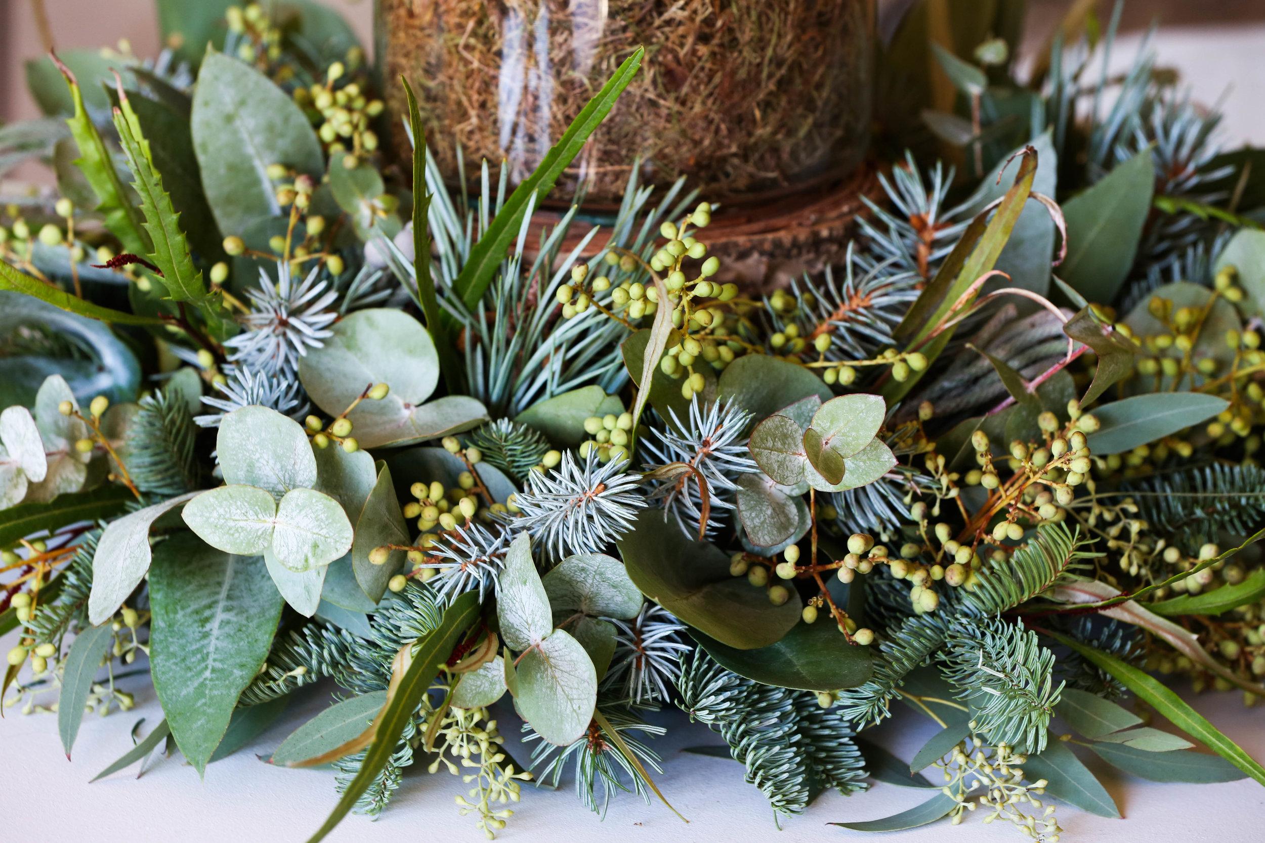 Festive foliage ring